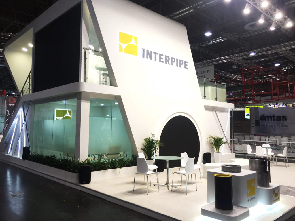 Двоповерховий стенд компанії Interpipe