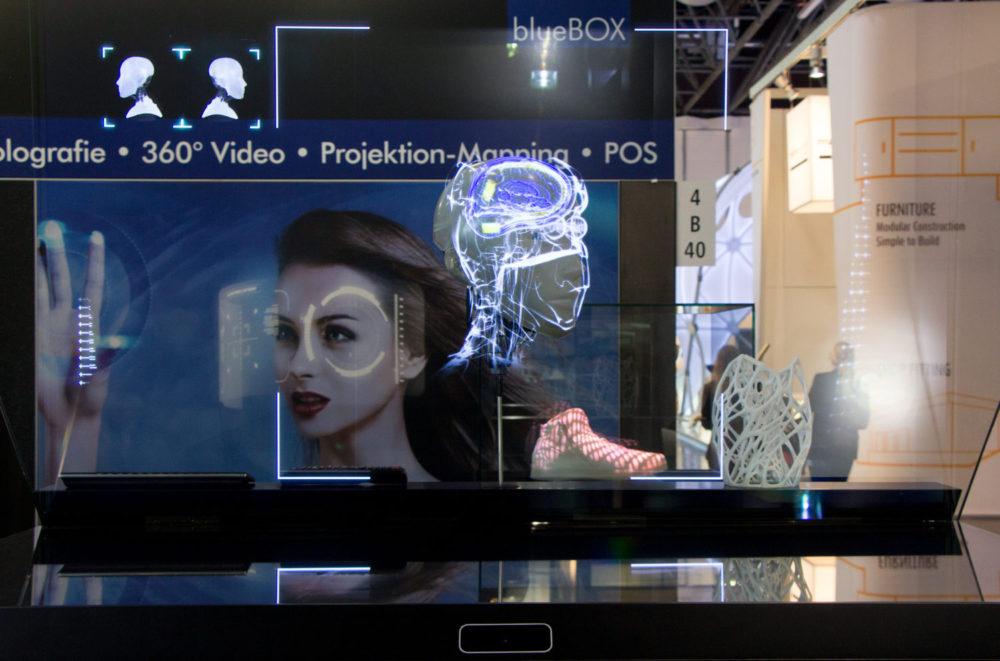 технології віртуальної реальності на виставковому стенді